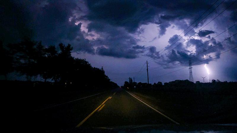 Sturmfront am Nachthimmel perfekt mit GoPro Kamera in Szene gesetzt