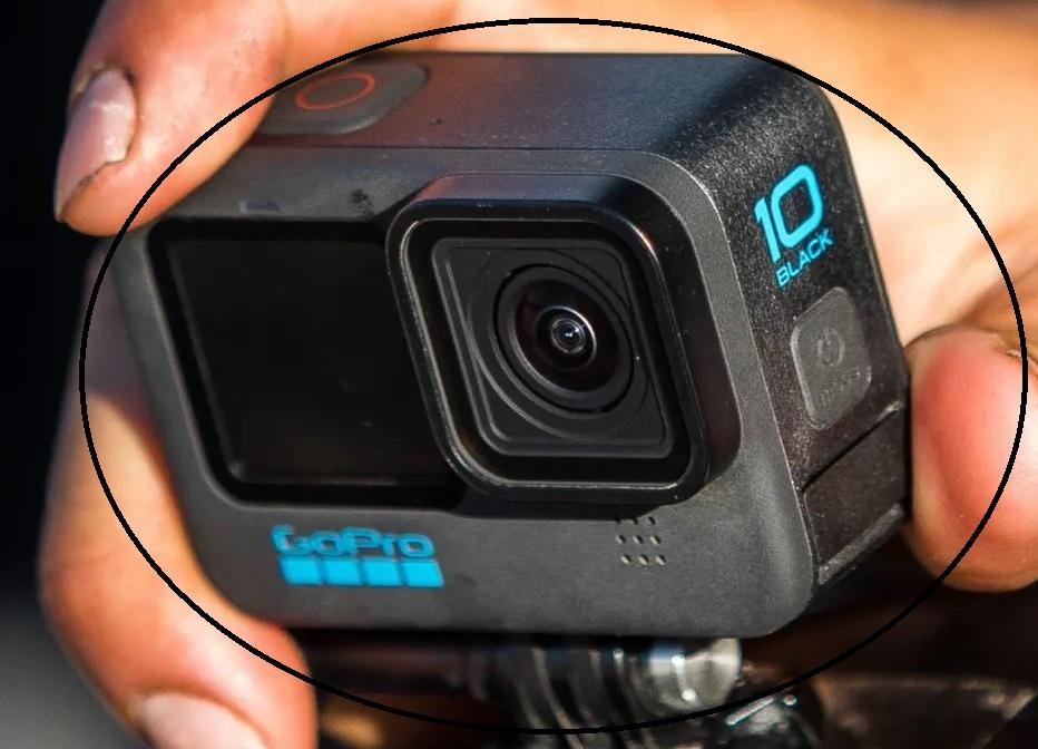 GoPro HERO10 Black am Motorrad-Lenker